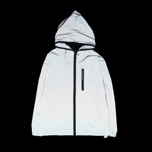 春季薄款发光夜光冲锋风衣日系潮流学生3M反光衣服男女荧光外套