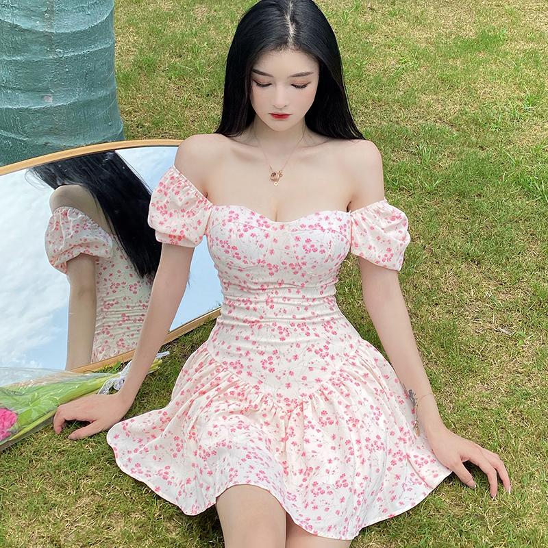 实拍 法式方领浪漫碎花泡泡袖收腰连衣裙夏甜美温柔风裙子