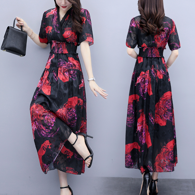 Summer 2020 new short sleeve Printed Dress with red flowers on black background