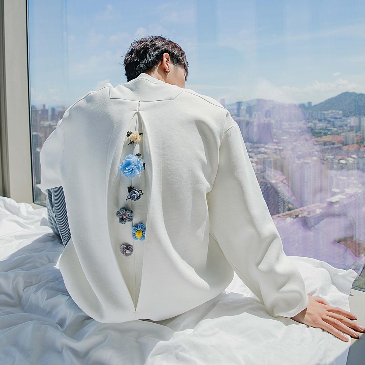 x联名设计感上衣白色圆领裂痕卫衣男ERROCHENGGUANGWANGCHIC