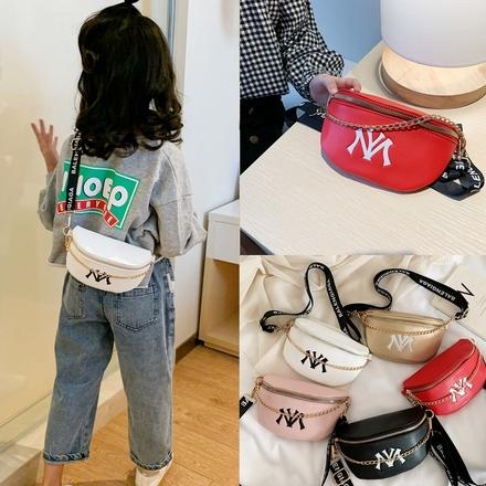 韩版潮流时尚宝宝斜挎背包休闲男女童胸包个性儿童腰包新款洋气