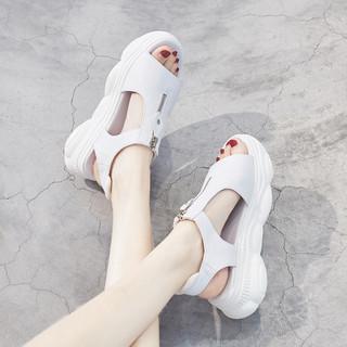 凉鞋女2020年夏季新款运动中跟坡跟松糕厚底学生百搭罗马平底女鞋