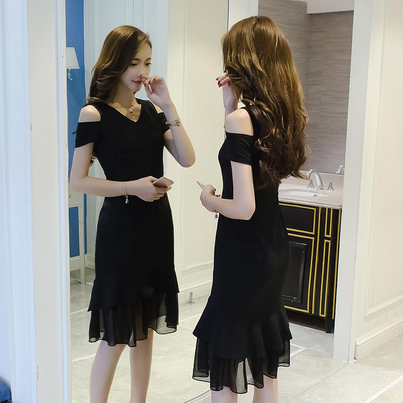 2018夏季新款时尚韩版V领气质A字连衣裙女装小清新休闲显瘦中裙子