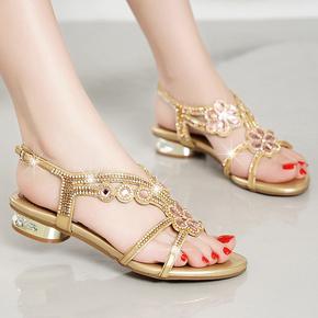水钻凉鞋女士夏季罗马粗跟鱼嘴平底低跟时装外穿水晶镶钻坡跟花朵