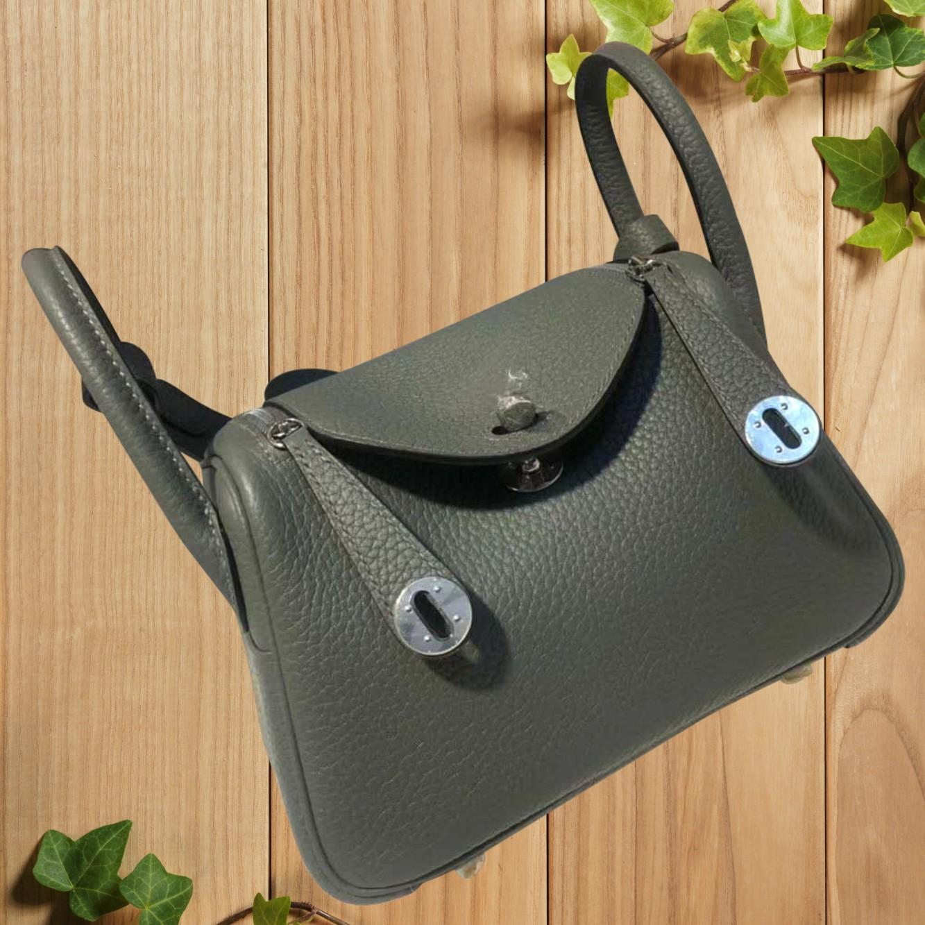 Mini Lindy bag womens hand-made almond green TC peel litchi grain H20 straddle Retro Leather Mini Doctor Bag
