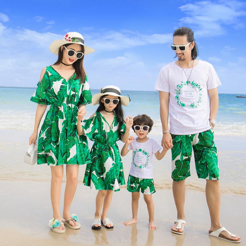 亲子装夏装新款2019时尚套装全家装雪纺母女裙子沙滩连衣裙韩版潮