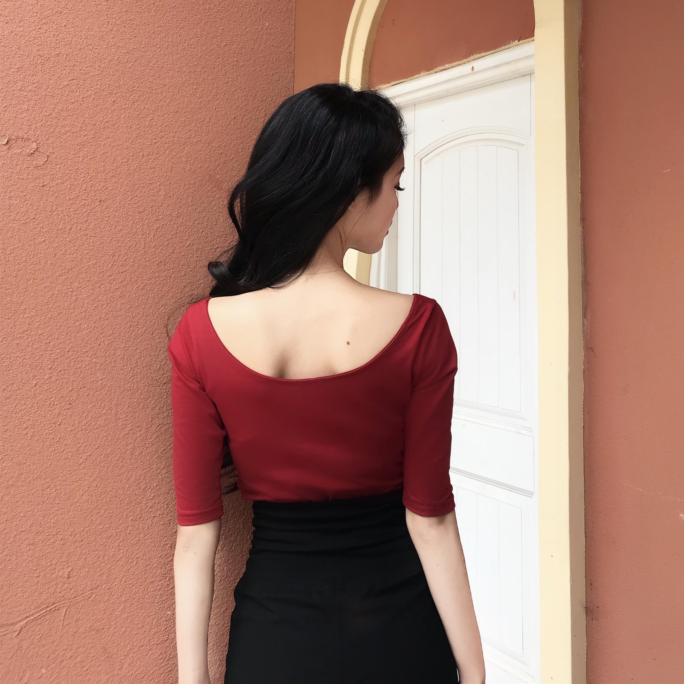 右米港風復古圓領短袖純色百搭T恤2018夏新款修身酒紅色短款上衣