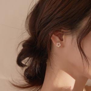 小麋人925纯银耳钉磨砂花朵i高级感文艺小众耳环气质日韩森系女款