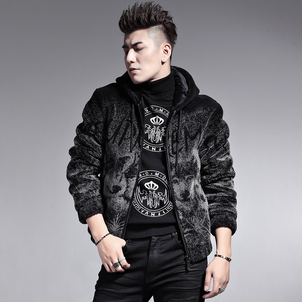 Men's leather coat Haining new leather clothing trend loose hood winter wool fur shearing fashion coat