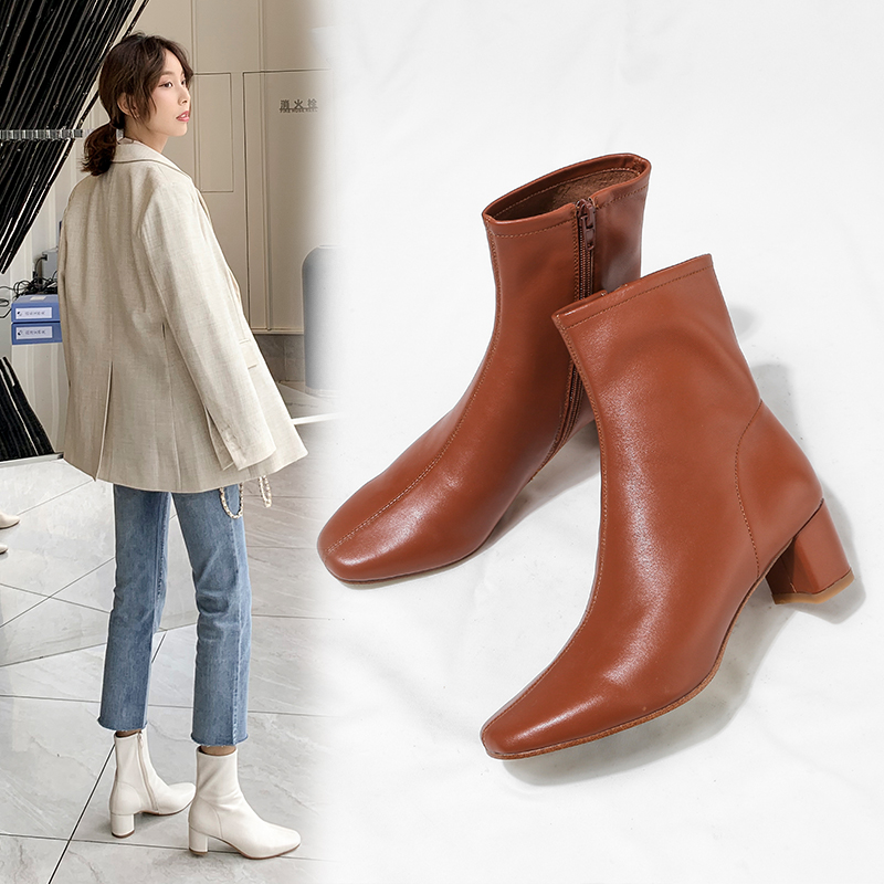 Real leather shoes, beige, small and thick heels, medium boots, women's boots, autumn style, 2020 new winter style, all kinds of thin boots