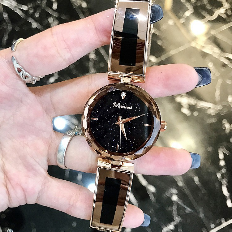 New star chassis personalized fashion trend womens watch purple bracelet strap popular womens Watch