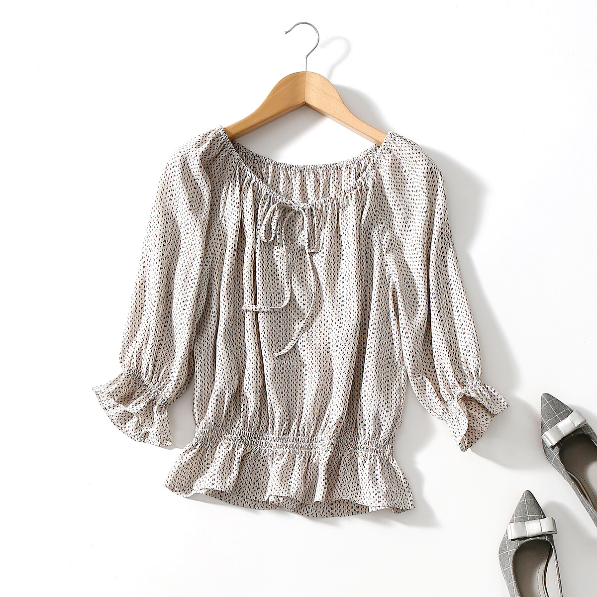 One line collar seven point Sleeve Chiffon shirt womens summer drawstring lace up waist shirt versatile loose and thin off shoulder blouse