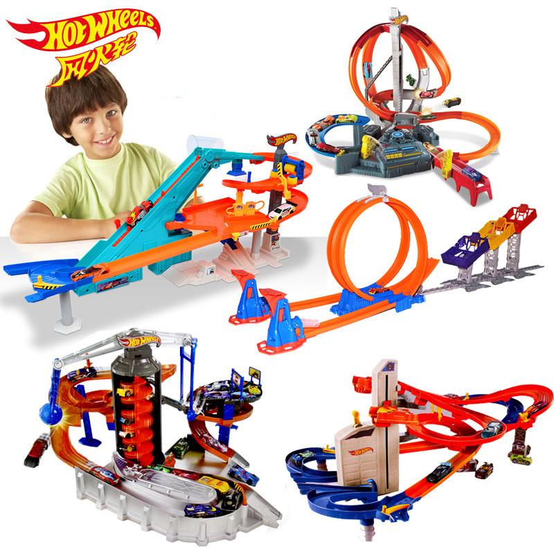 风火轮轨道合金车赛道火辣小跑车轨道极限跳跃赛道套装儿童玩具