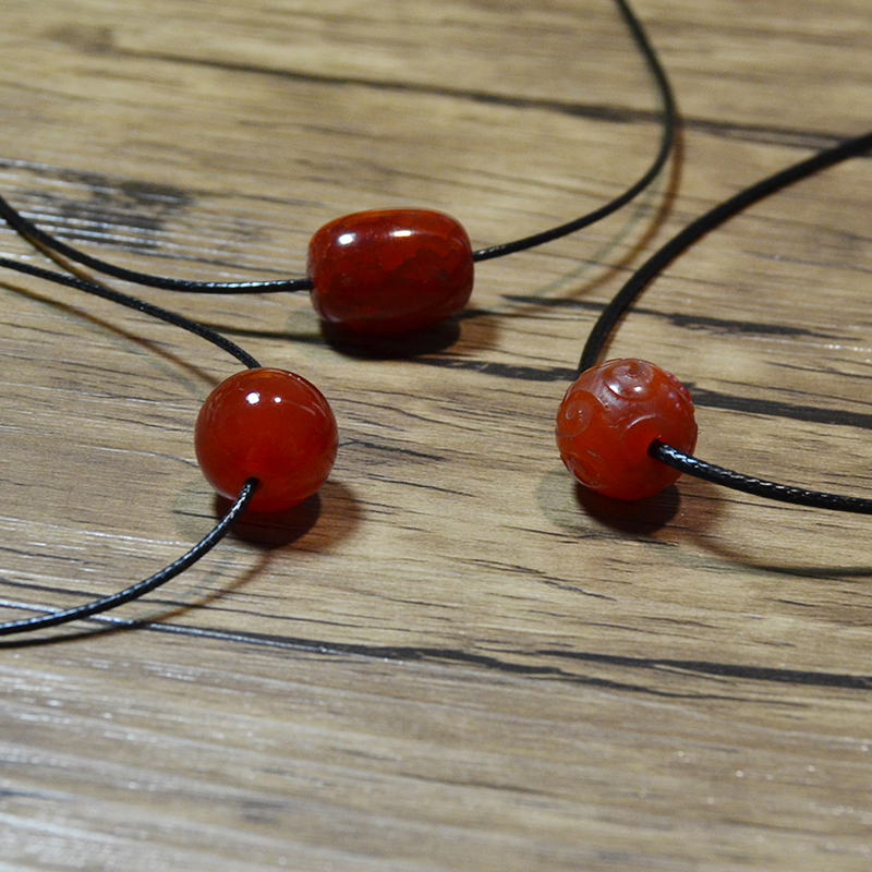 Red Agate Pendant clavicle chain simple temperament pure silver transfer bead short necklace black rope girlfriends gift