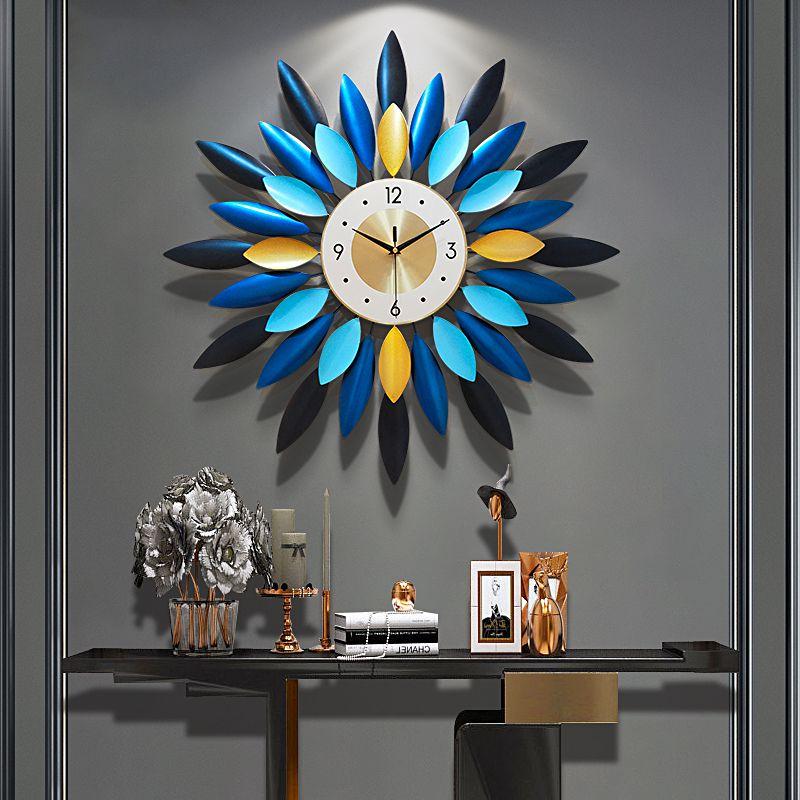 挂钟客厅家用时尚北欧轻奢时钟挂墙创意现代简约艺术静音石英钟表