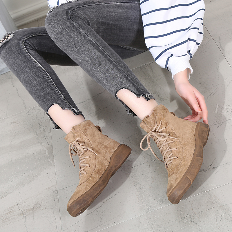 Fall / winter 2019 Korean apricot Martin boots womens fashion ins cool British style students flat bottomed and plush retro short boots