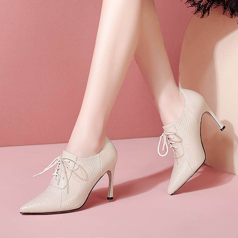 Patent leather high heels, pointed leather deep cut single shoes, horseshoe heel, versatile womens shoes, cross strap, solid color and ankle boots