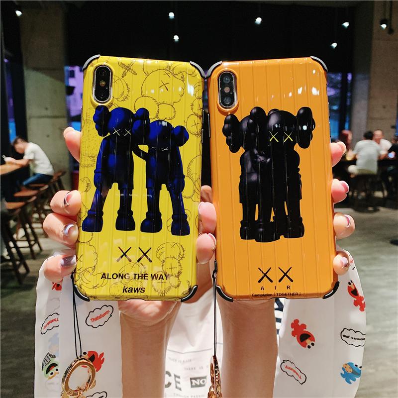 10-10新券日本代购KAWS潮牌暴力熊iphonexsmax手机壳苹果XR芝麻街8x防摔7p