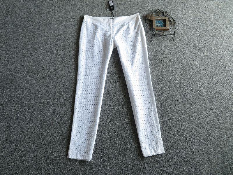 高端 意大利制JUSTCAVALLI重工刺绣花朵镂空白色仙美休闲裤