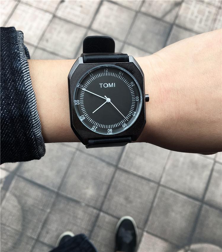韩国个性方形军事风大表盘潮男皮带手表创意男学生时尚潮流时装表