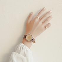 9DLA670WGA钢带石英表学生电子手表复古小金表女士Casio卡西欧