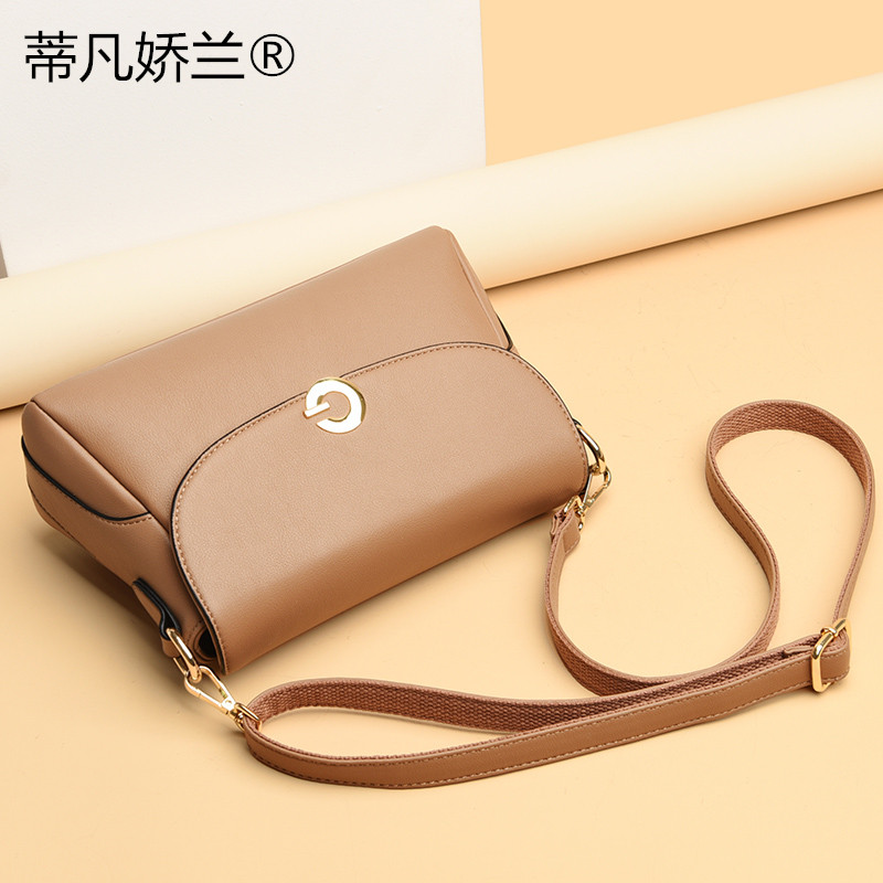 2020 new middle aged womens mothers bag single shoulder straddle handbag large capacity durable trend versatile fashion