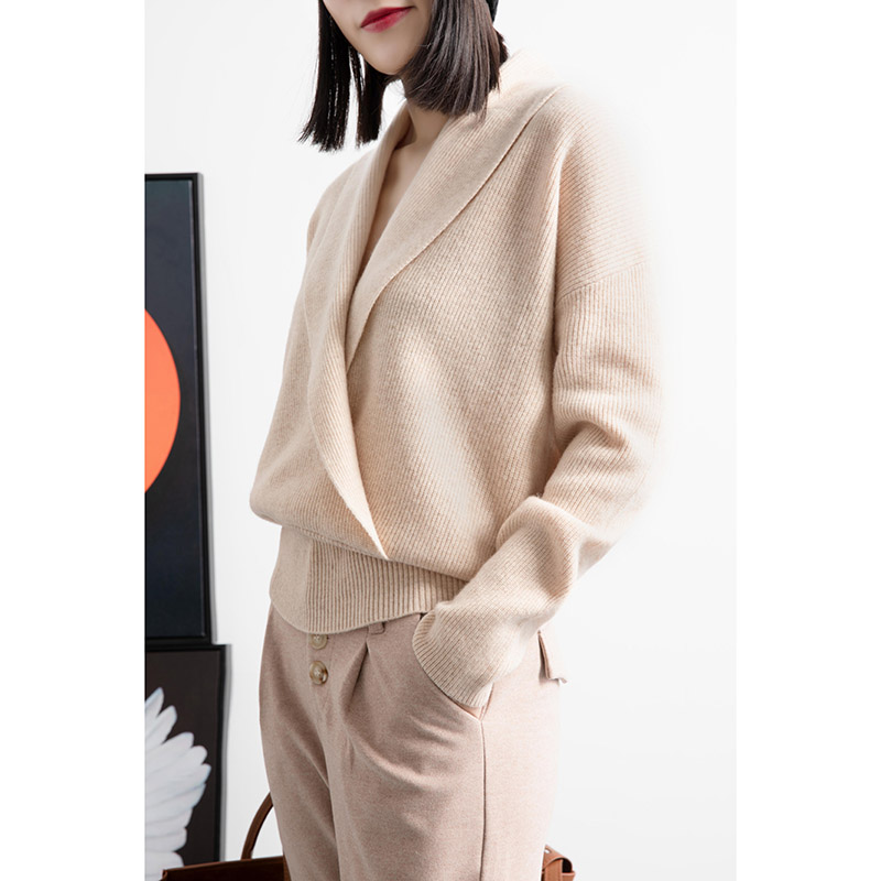 Mengyige knitted bottomed sweater womens wear autumn 2020 new V-Neck Sweater loose thin wool jacket