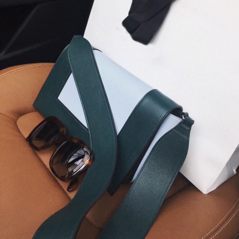 Autumn and winter new wide shoulder strap leather womens bag Tang Yan same bag frame color matching bag leisure cow leather color contrast square bag