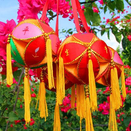 精品广西靖西特产壮族纯手工绣球道具击鼓传花色工艺品抛绣球舞蹈