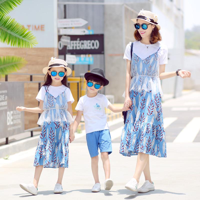 亲子装夏装2018新款潮一家三口全家母女连衣裙春装母子洋气套装