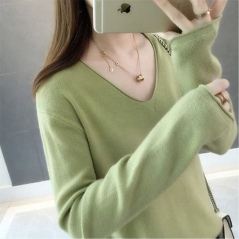 Autumn and winter: New Korean version with all kinds of solid colors showing thin Korean version V-neck Pullover Long Sleeve Sweater knitwear womens bottoming fashion
