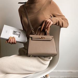 夏上新小包包女2021新款潮手提包韩版百搭单肩斜跨时尚质