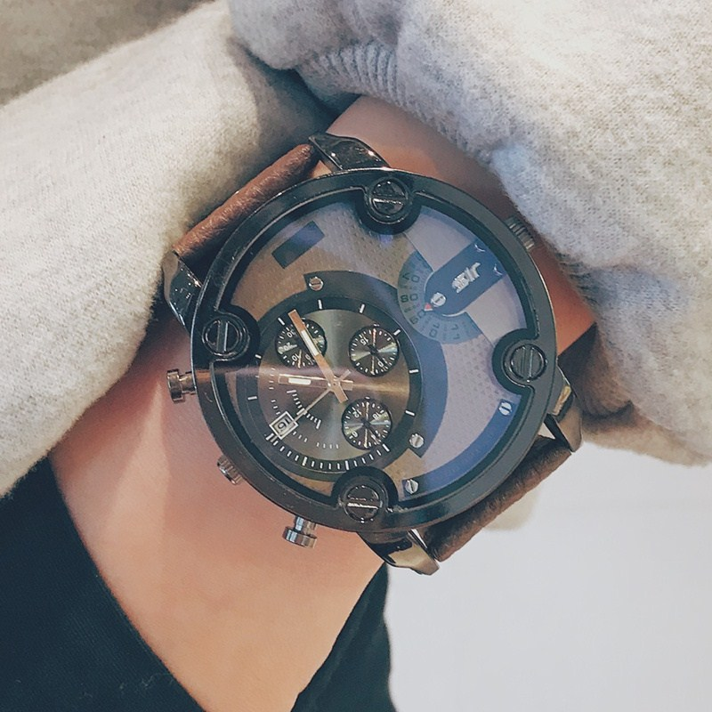 European and American trendy mens Steampunk watch male and female students personality hip hop super large dial non mechanical domineering cool and handsome