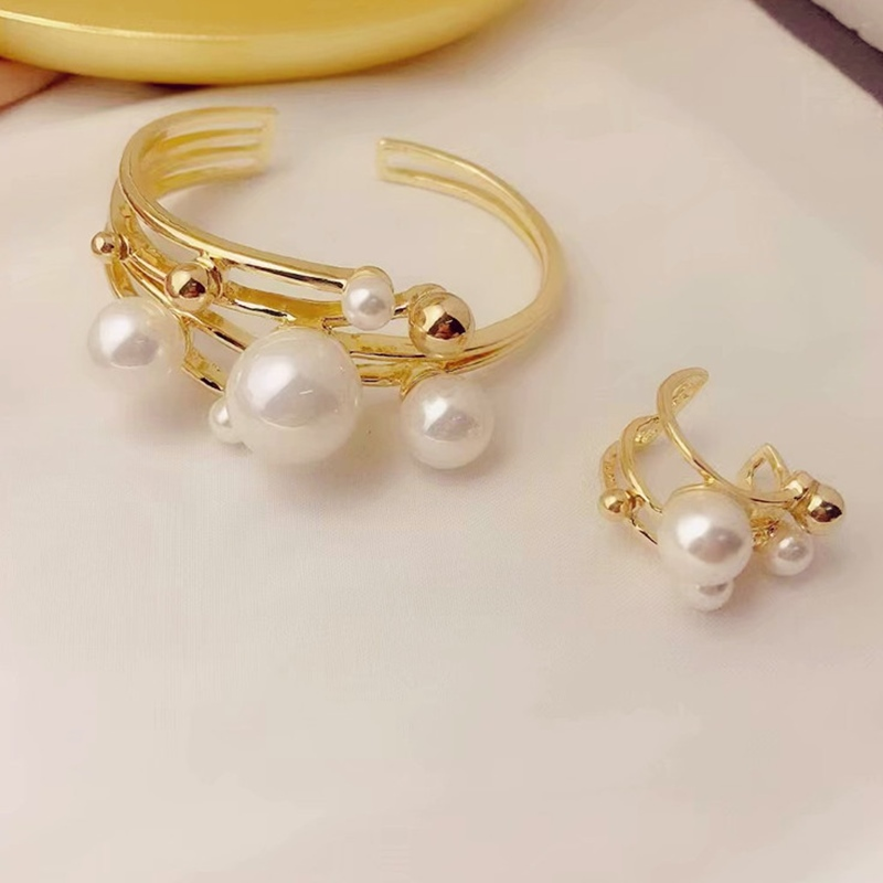 Ins net popular design exaggeration multi layer metal Pearl Ring Bracelet retro temperament suit women