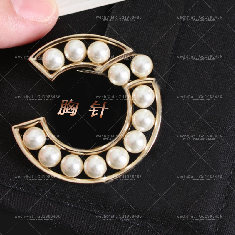Fashion personality simple silver couple student same brooch jewelry accessories