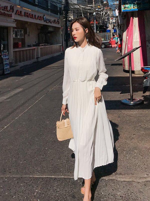 券后196.28元流行长裙百搭白色长袖连衣裙女仙中长款气质宽松版洋气秋装过膝