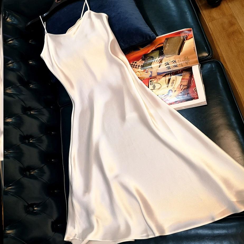 气质宽松连衣裙缎面真丝长款外穿长裙内衬裙性感背心打底吊带裙夏