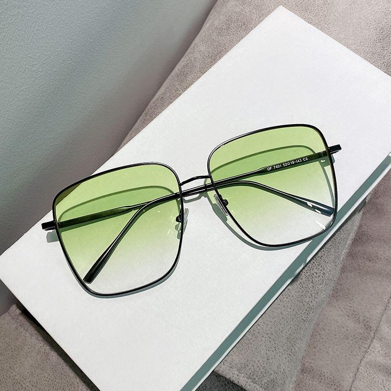 2020 brilliance Yus same glasses fashion box gradient avocado green sheet big face square Sunglasses female Sunglasses male
