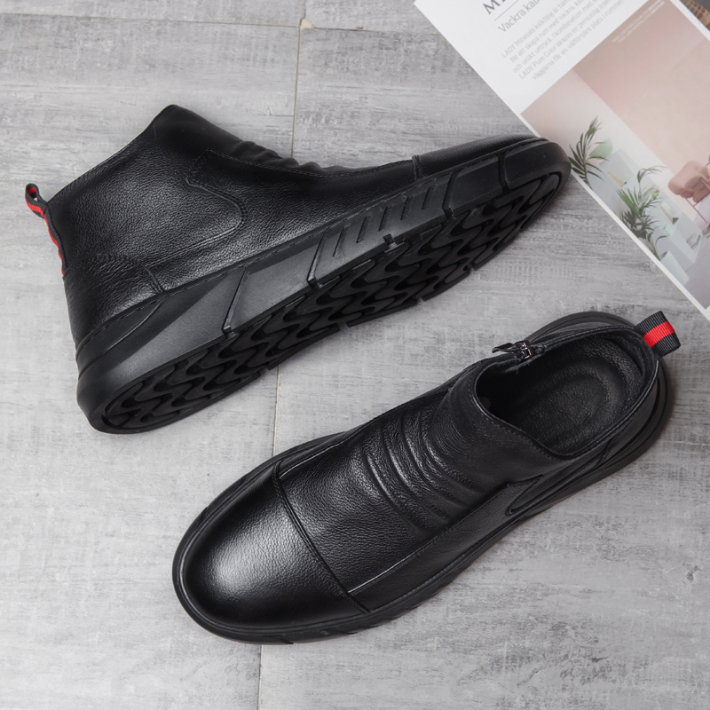 Autumn and winter new mens high top shoes Korean fashion shoes middle top Snow Boots Mens leather boots British Martin Short Boots