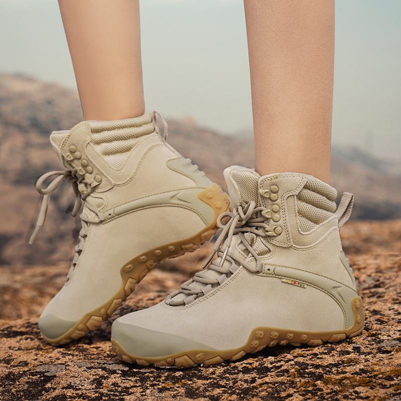 户外登山鞋女防水防滑徒步鞋男轻便爬山运动旅行高帮迷彩沙漠靴女