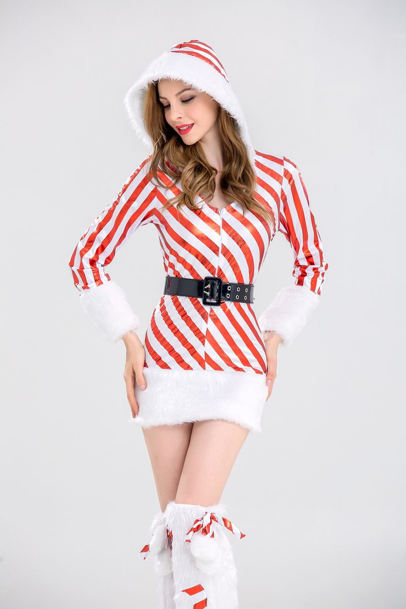 白い雪のクリスマス服のクリスマス服のペンギンちゃんがコスプレをして制服パーティーの雪だるま服を着て、縞模様を演出します。