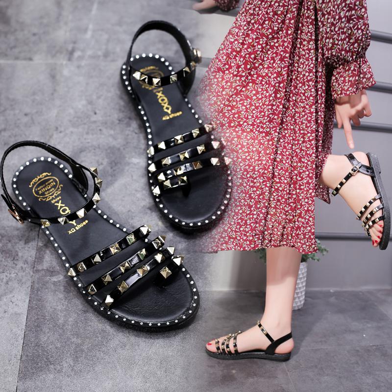 夏季韩版铆钉露趾罗马鞋平底平跟扣沙滩鞋休闲套趾夹趾凉鞋女