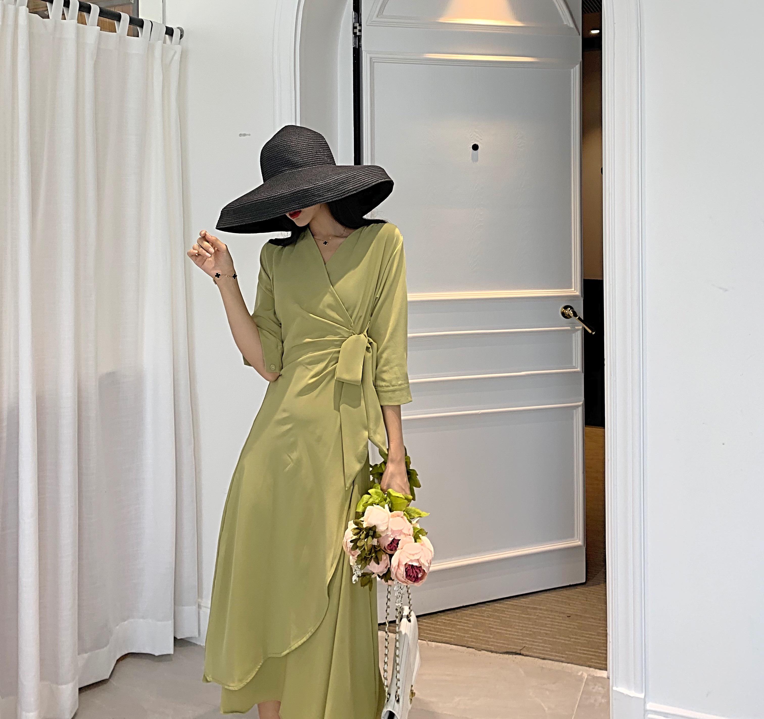 12月02日最新优惠性冷淡风高级感秋季连衣裙绑带裙