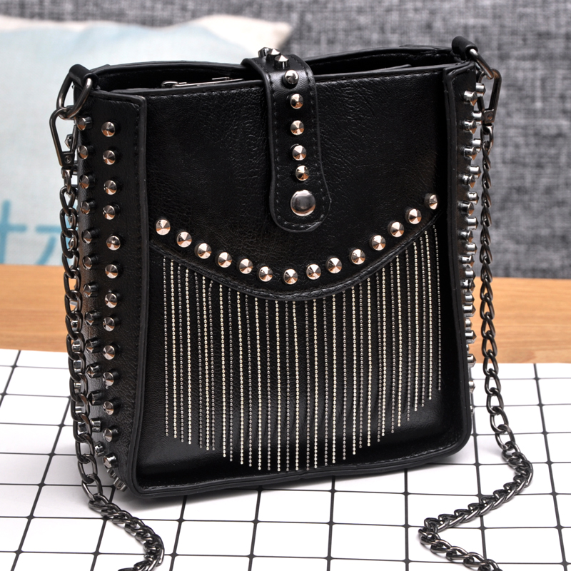 Chain bag women 2020 new Korean mobile phone bag Single Shoulder Messenger Bag soft leather bag willow nail bag retro tassel bag