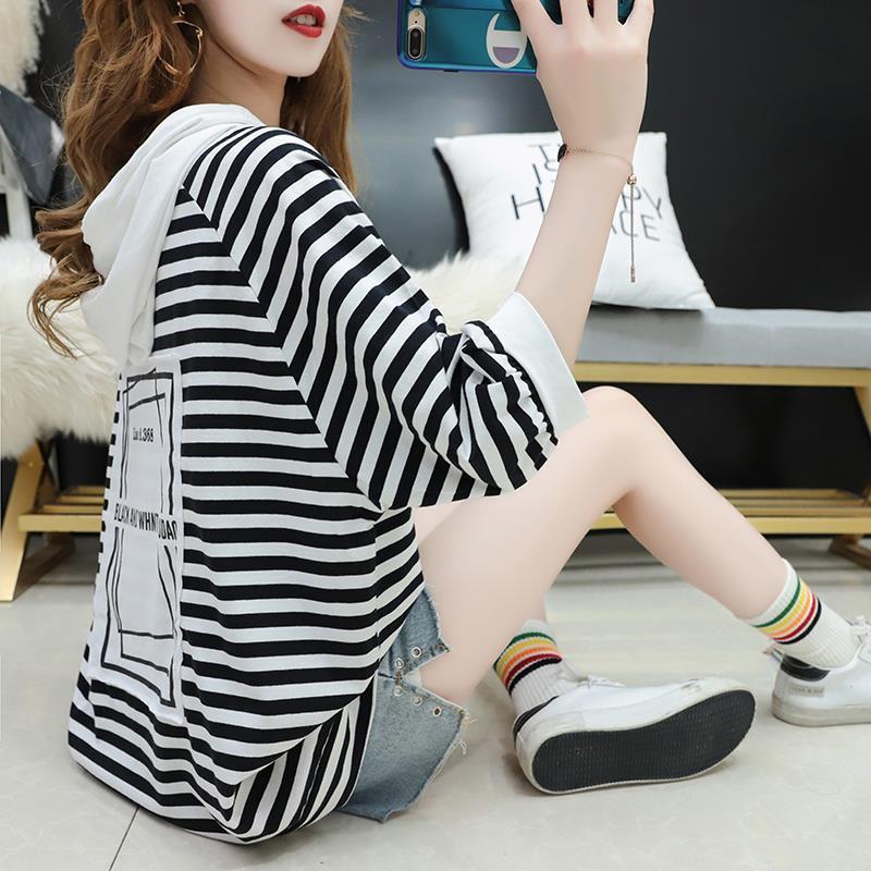 红色条纹连帽t恤女短袖夏装韩版宽松大码体恤衫ins超火半袖上衣服图片