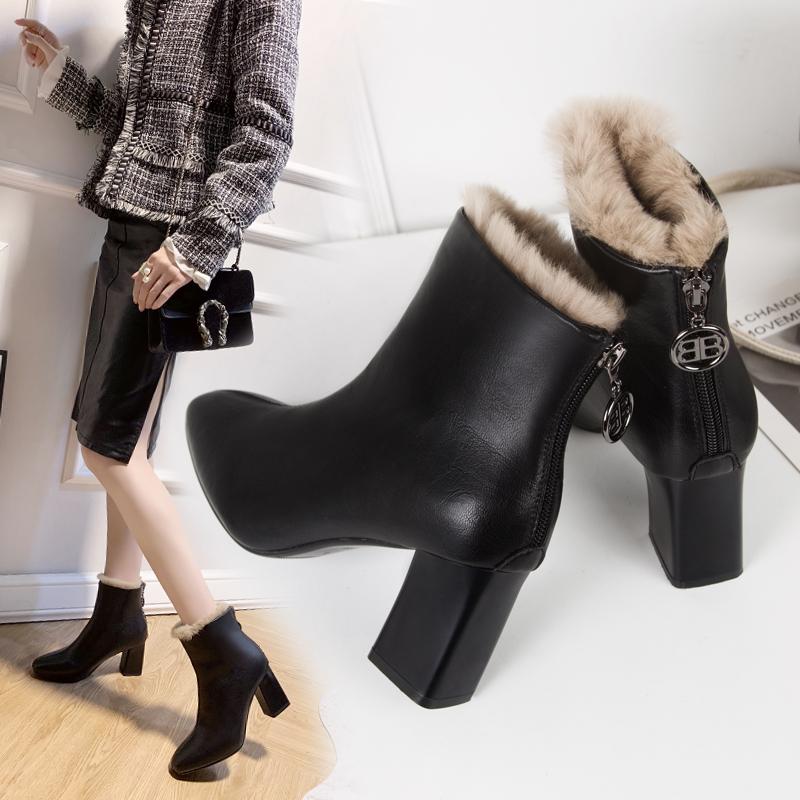 2019秋季新款网红马丁靴粗跟圆头瘦瘦靴百搭中筒毛口后跟拉链靴