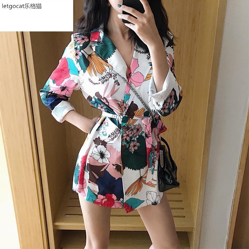 港味印花中长款西服外套宽松长袖韩版气质小西装女装2020春装新款