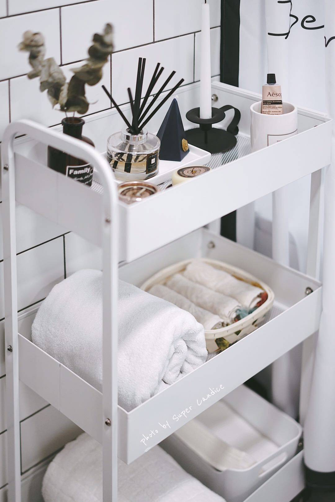 Kitchen shelf floor mobile household goods storage rack trolley slit vegetable storage hot selling