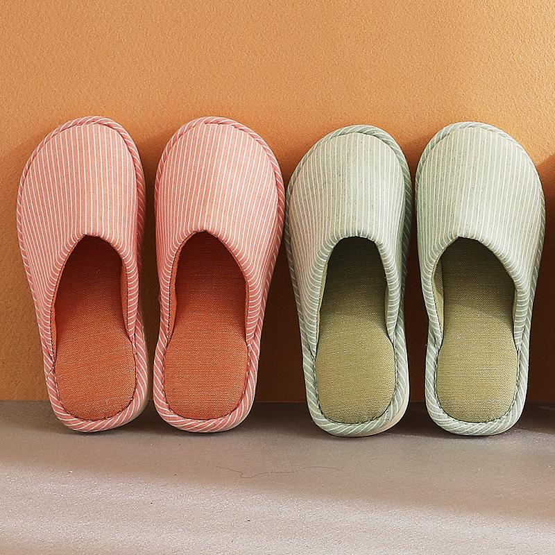 新款棉拖鞋女居家用软底包头情侣室内秋冬保暖布地板防滑日式靴子