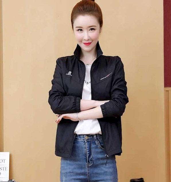 Womens sportswear top single piece middle aged womens spring and autumn oversized Jacket Womens outdoor sports windbreaker work clothes
